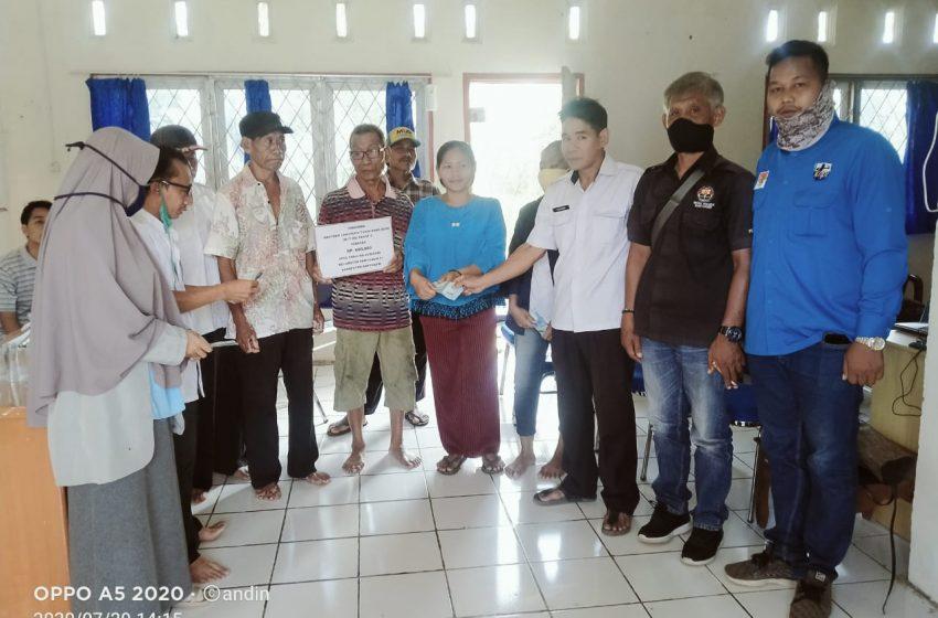 Pemdes Tanjung Beringin Salurkan BLT – DD Tahap ke Tiga