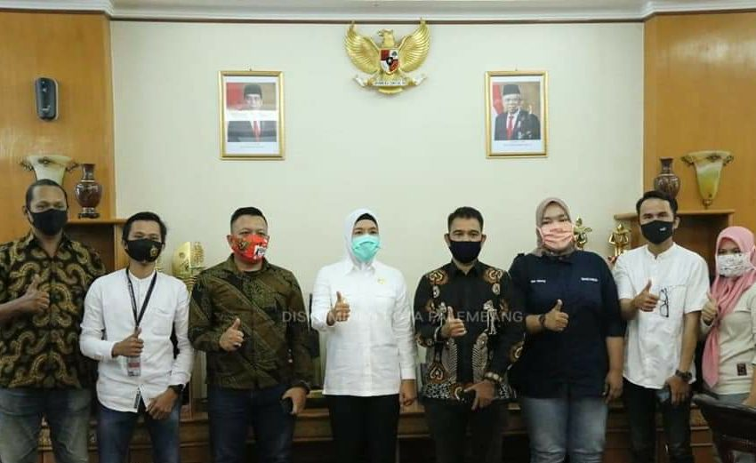 Wawako Siap Jadi Dewan Pembina IWO Palembang