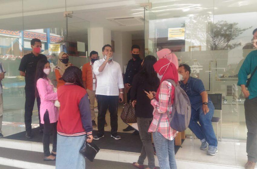 PT Pelindo Klarifikasi Berita di Pelataran Luar Kantor
