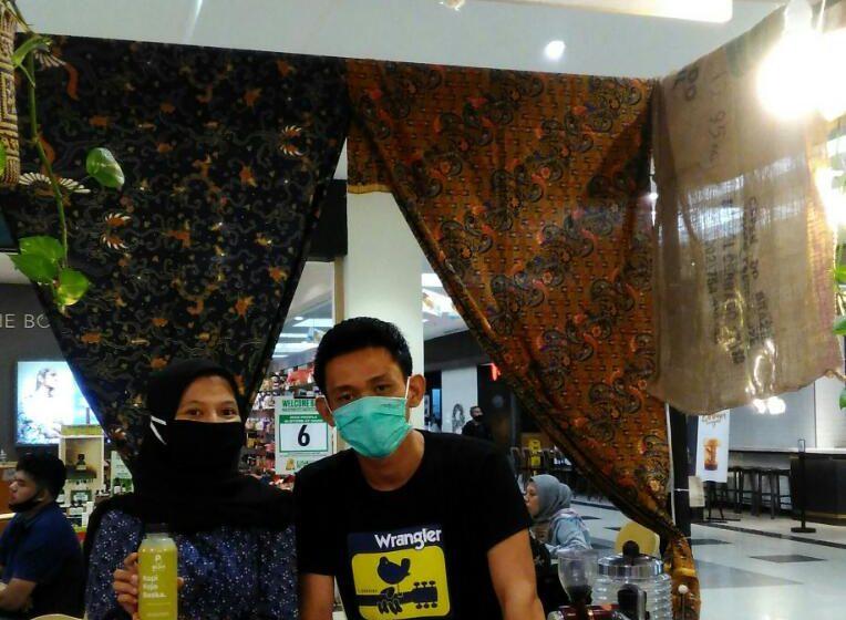 Kopi Kojo Beska, Pertama Di Palembang