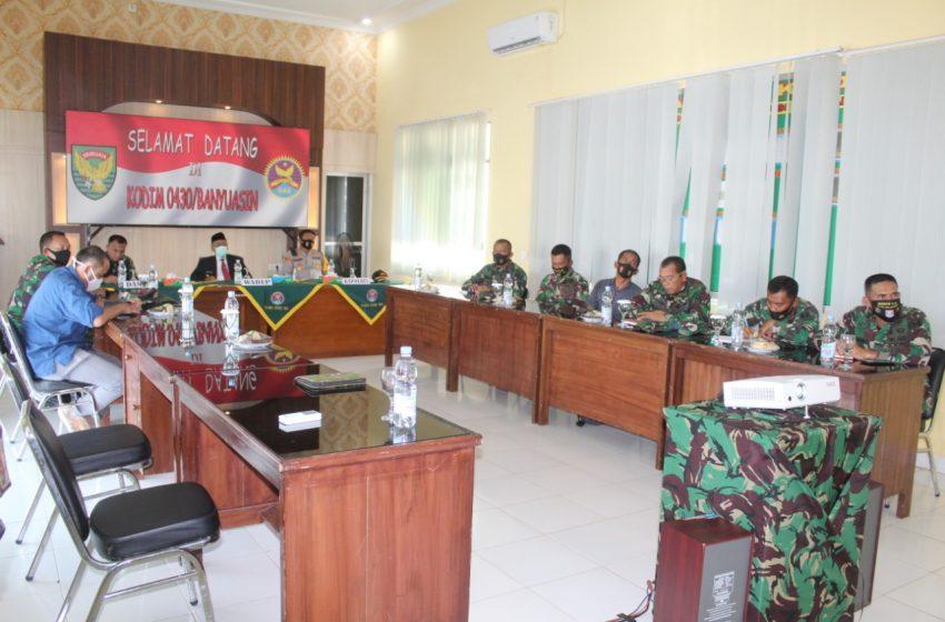 Kodim 0430/Banyuasin Nobar Upacara HUT TNI di Istana Negara