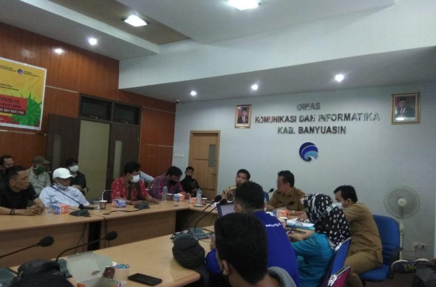 Puluhan Wartawan, LSM dan Ormas Datangi Diskominfo Banyuasin