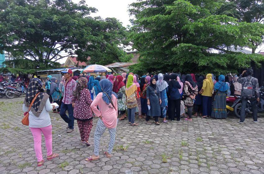 Masyarakat Muratara Antri Daftarkan Diri Penerima Dana PNPM
