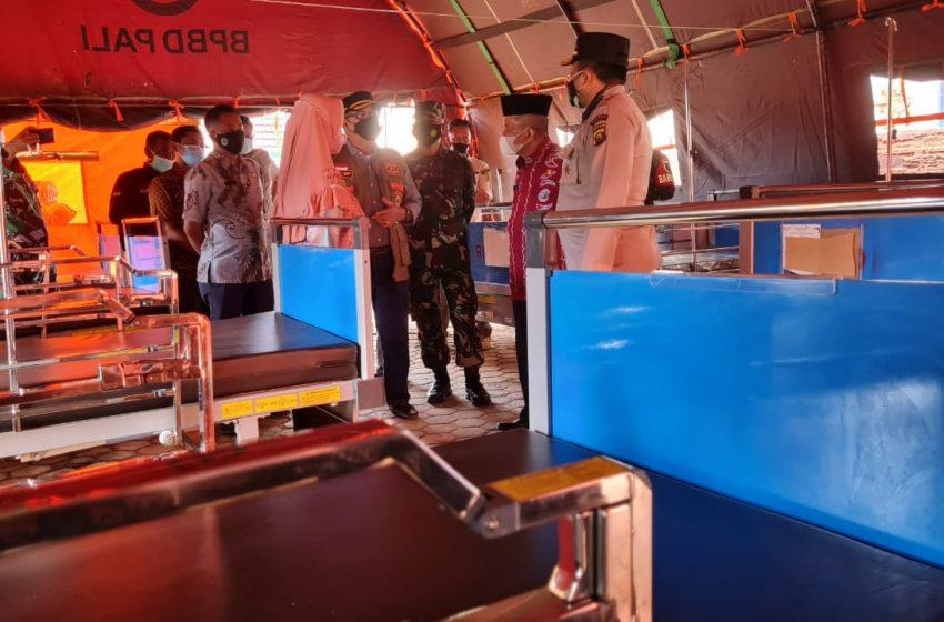 Rumah Sakit Penuh, RSUD Dirikan Tenda Perawatan Di Halaman